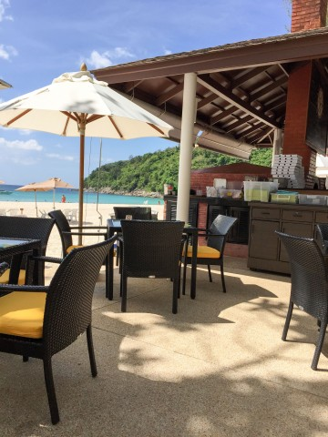 Wood Oven Pizza on the Beach at the Le Meridien Beach Resort in Phuket, Thailand | Life's Tidbits