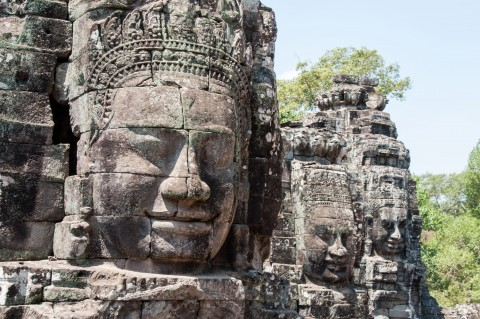 Bayon temple - 2 Day travel guide of Siem Reap, Cambodia | Life's Tidbits