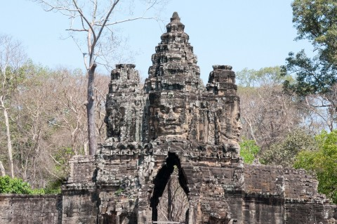 South Gate Entrance to Angkor Complex - 2 Day travel guide of Siem Reap, Cambodia | Life's Tidbits