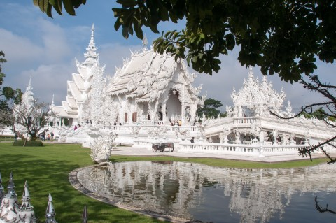 The White Temple in Chiang Rai Thailand | Life's Tidbits