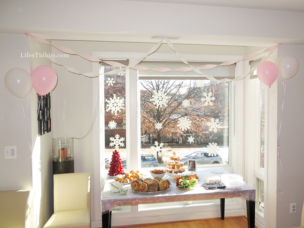 Winter Onederland Food Table and Snowflakes | Life's Tidbits